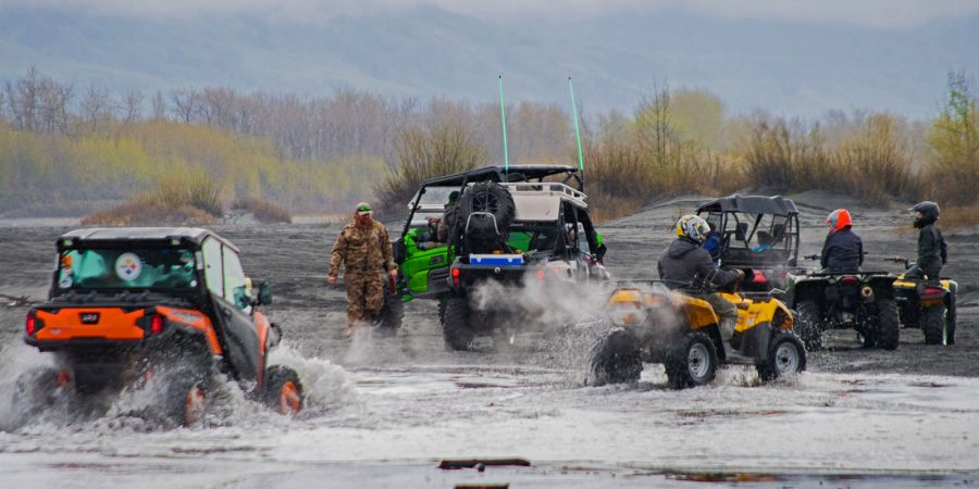Alaska Toy Rental offers the best 4 wheeler rentals in Alaska. If you are visiting Anchorage consider our side-by-side or ave rentals in our rent-to-ride services.