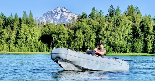There perfect Alaska Boat Rental that is perfect for inland water.
